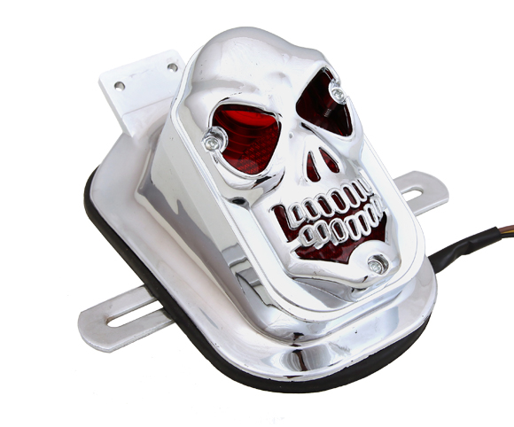 Skull Turn Signal Rear Brake Stop Tail Light For Harley SMRT01