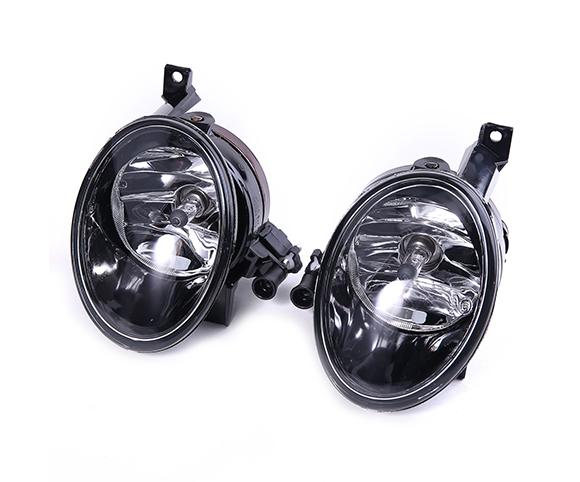 Fog-lamp-Volkswagen-golf-MK6-front-view-SCF13